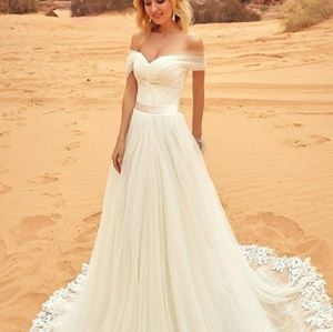 Dresses & Skirts - Tulle off-the-shoulder neckline gown